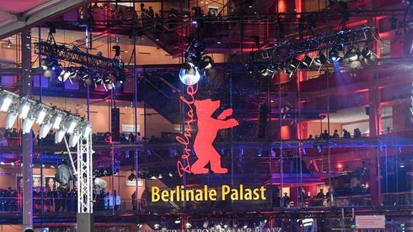 Berlinale lần thứ 71 chính thức khai mạc theo hình thức trực tuyến. Nguồn: EPA