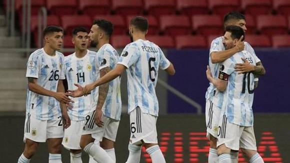 Lionel Messi và đồng đội đã kịp giành được chiến thắng quan trọng.