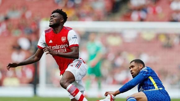 Thomas Partey chấn thương là nỗi lo rất lớn của Arsenal trước mùa giải mới.