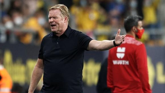 Thời gian của HLV Ronald Koeman tại Barca đang rút ngắn dần?