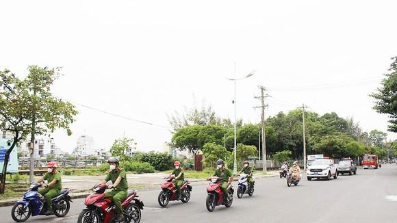 Lực lượng công an tăng cường tuần tra phòng chống tội phạm