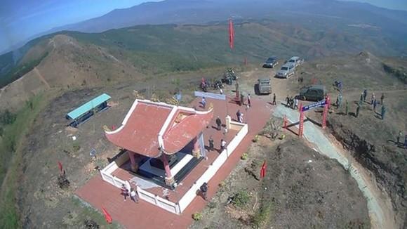 Điểm cao 1015 nằm trên đồi Sạc Ly