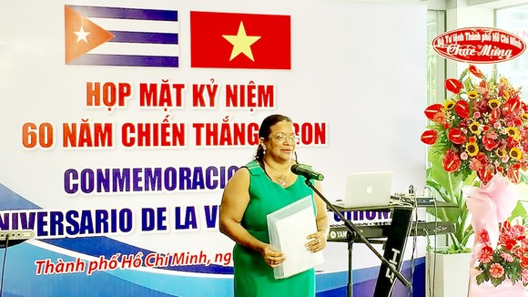 Tổng Lãnh sự Cuba tại TPHCM Indira López Arguelles  phát biểu tại lễ kỷ niệm