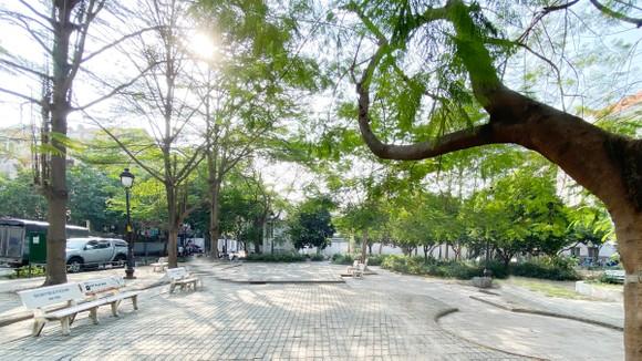 Công viên 130 Cao Lỗ, quận 8 khá khang trang, vốn được chuyển hóa từ bãi tập kết rác