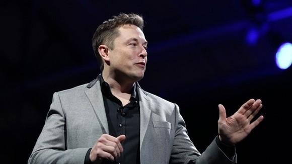 Ông Elon Musk đã tăng thêm hơn 60 tỷ USD vào tài sản của mình trong năm nay nhờ vào hiệu quả hoạt động mạnh mẽ của cổ phiếu Tesla. Ảnh: TL.