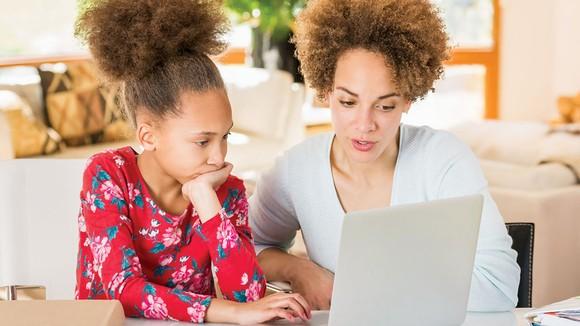 Tỷ lệ các hộ gia đình chọn hình thức giáo dục tại nhà cho trẻ em 5-17 tuổi đã tăng mạnh trong đại dịch.