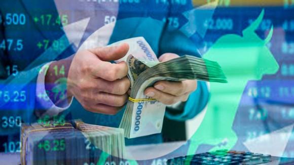 Đa phần dòng tiền của cá nhân dịch chuyển sang TTCK.
