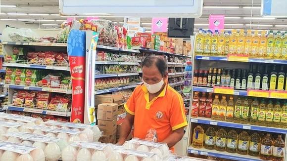 """Các siêu thị của Saigon Co.op tại """"vùng xanh"""" bắt đầu đón khách"""