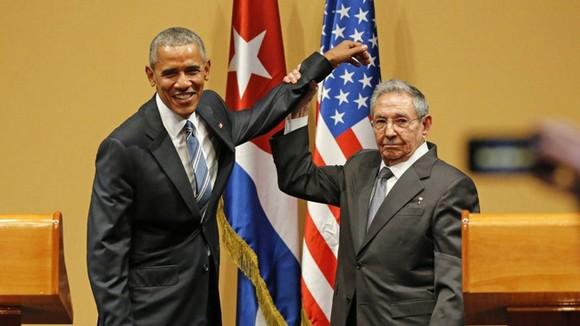 Cựu Tổng thống Obama và lãnh đạo Cuba.