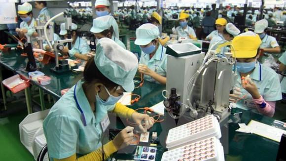 Thời gian qua sản xuất kinh doanh các sản phẩm điện tử nhìn chung tăng trưởng khá cao. Ảnh minh họa: KT