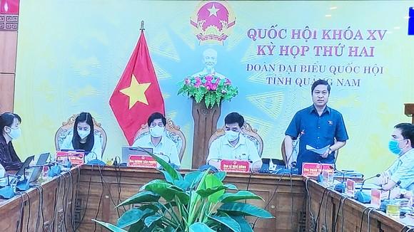 ĐB Phan Thái Bình (Quảng Nam) phát biểu
