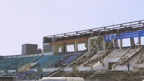 An Giang phải thuê sân do sân Long Xuyên đã được tháo dỡ. Ảnh: AGFC