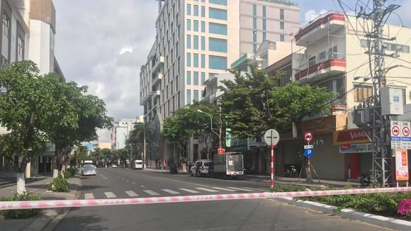 Phong tỏa đoạn đường Đống Đa (trước mặt vũ trường New Phương Đông, quận Hải Châu, TP Đà Nẵng) từ 0 giờ ngày 6-5