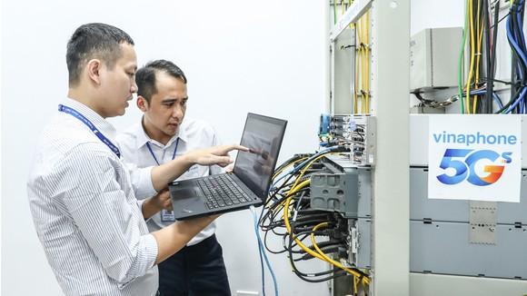 VinaPhone của VNPT là doanh nghiệp đầu tiên triển khai thử nghiệm thương mại dịch vụ 5G ở Việt Nam