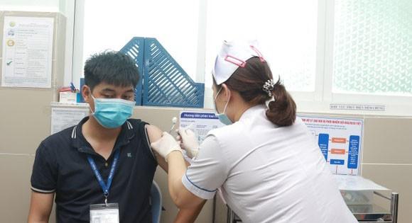 TPHCM sẵn sàng thực hiện chiến dịch tiêm chủng 800.000 liều vaccine Covid-19