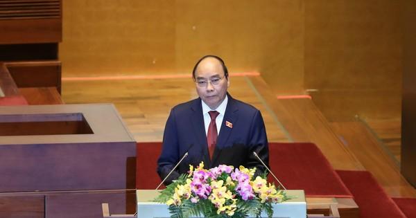 Trình Quốc hội miễn nhiệm một số Phó Chủ tịch và Ủy viên Hội đồng Bầu cử quốc gia; Phó Chủ tịch và một số Ủy viên Hội đồng Quốc phòng và An ninh