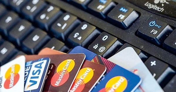 Người ngoại quốc bị chiếm đoạt hơn 200 triệu đồng vì mất thẻ tín dụng