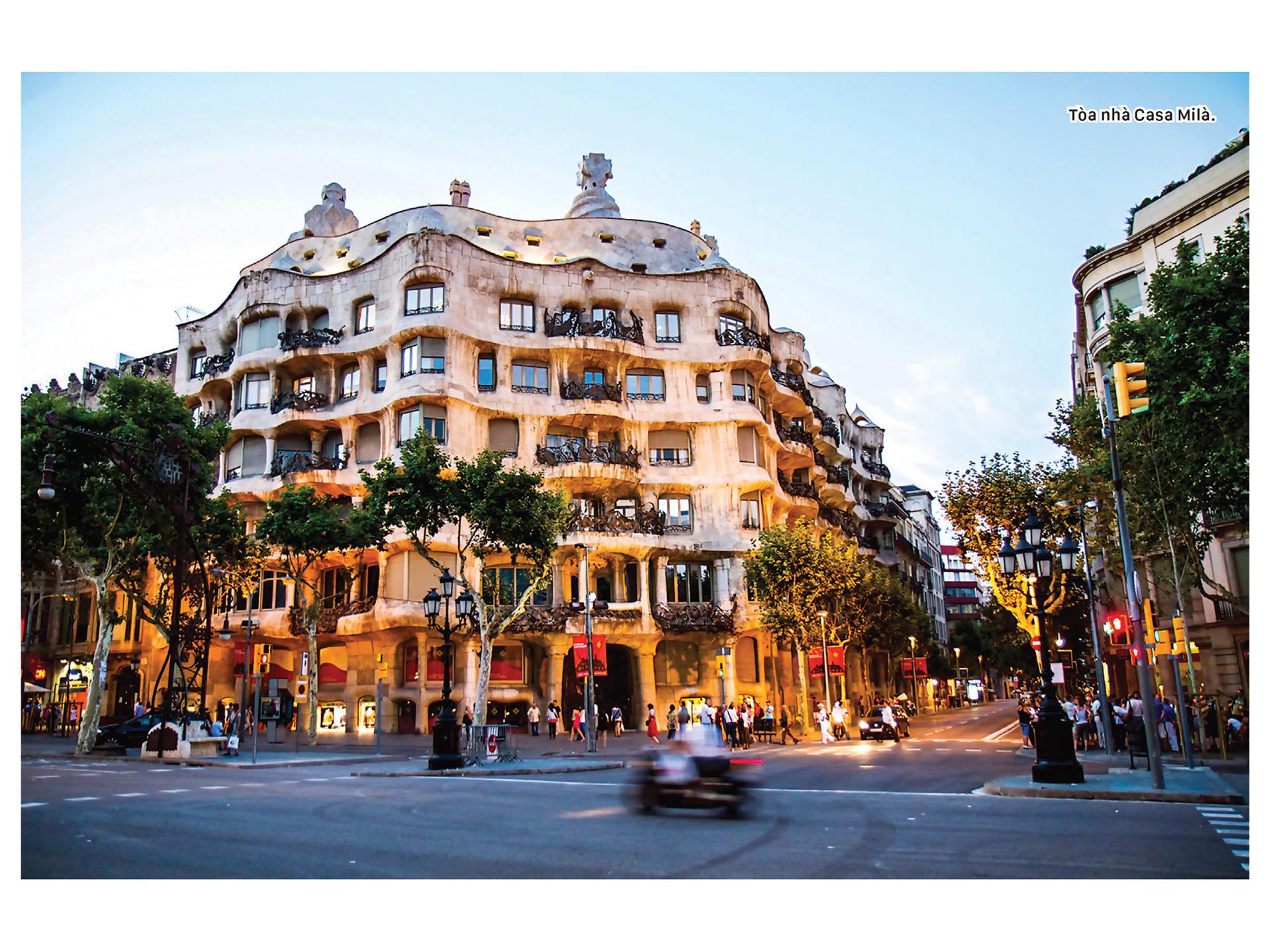 Thiên đường kiến trúc Gaudí ở Barcelona ảnh 4