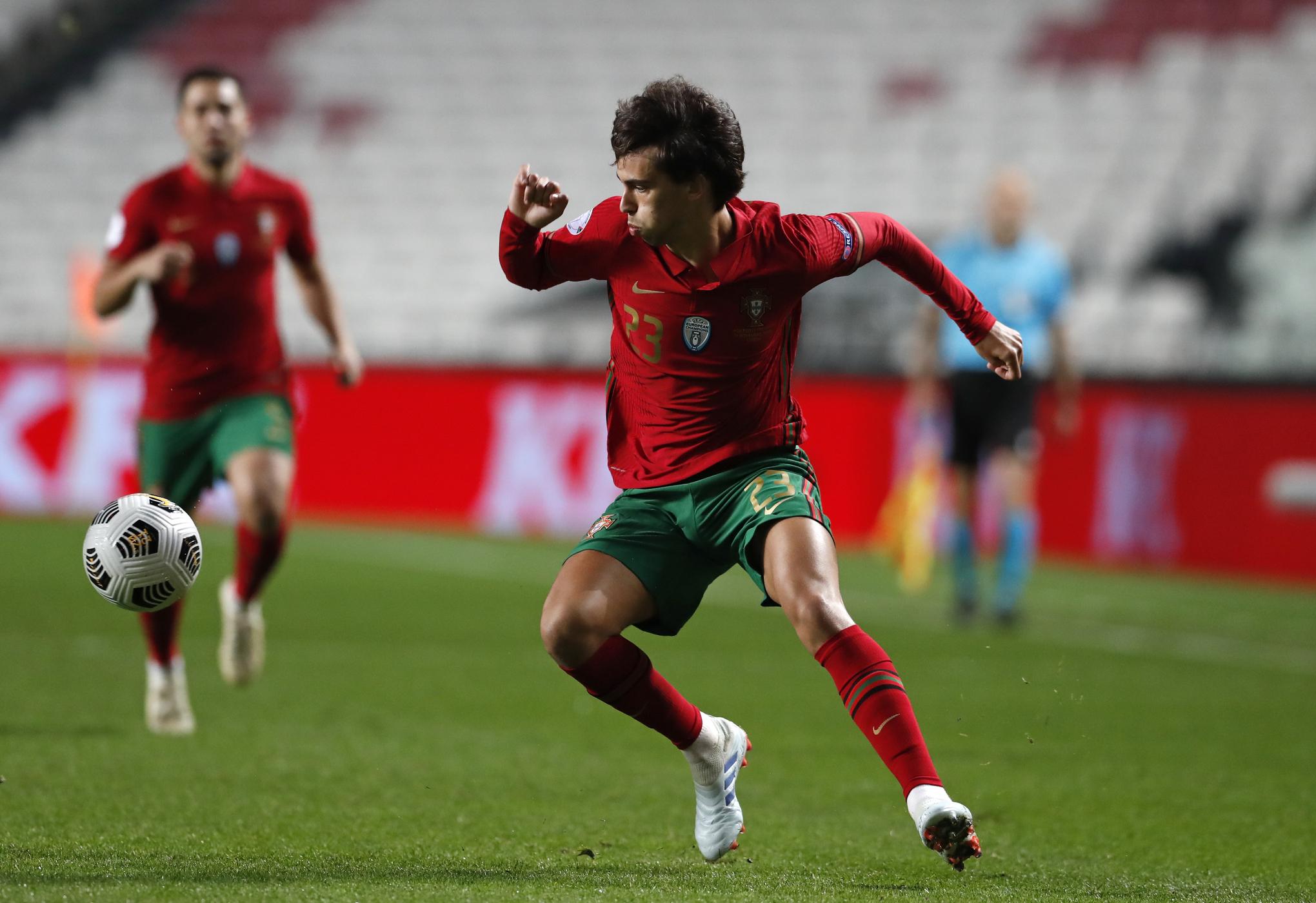 Phil Foden dẫn đầu tốp 5 ngôi sao trẻ sẽ tỏa sáng ở Euro 2020 ảnh 4