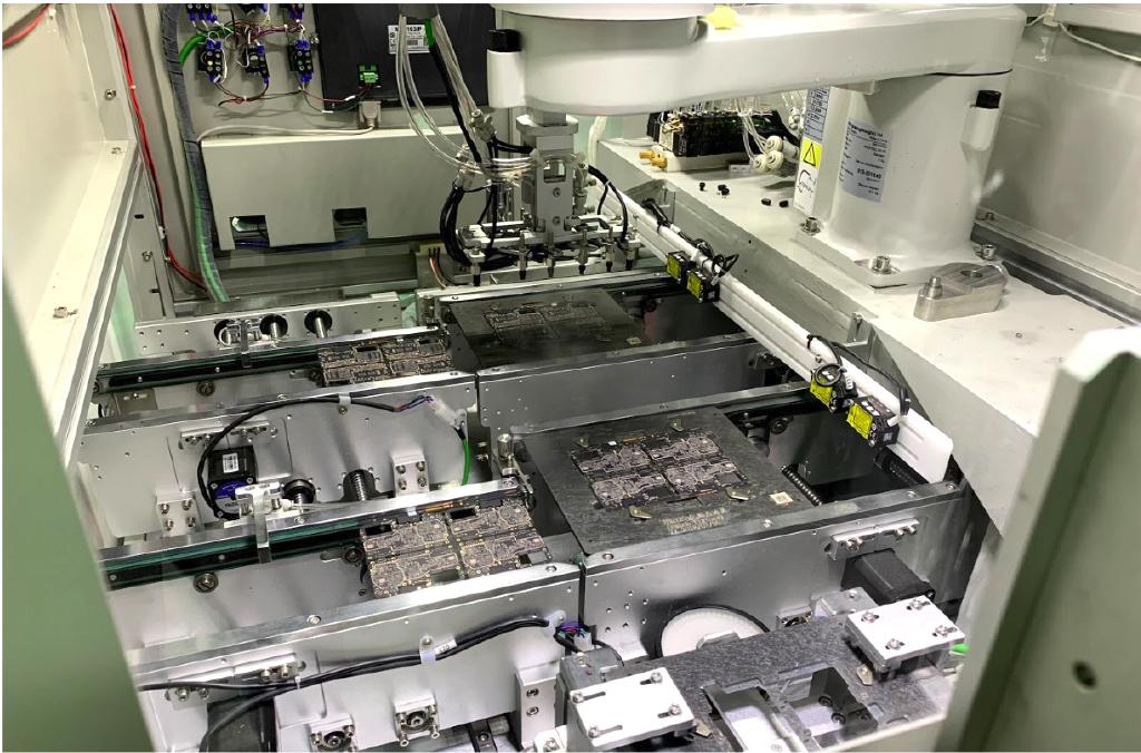 Có gì bên trong nhà máy sản xuất smartphone của OPPO? ảnh 2