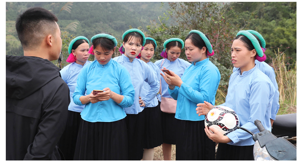Những nữ cầu thủ ở Húc Động ảnh 3