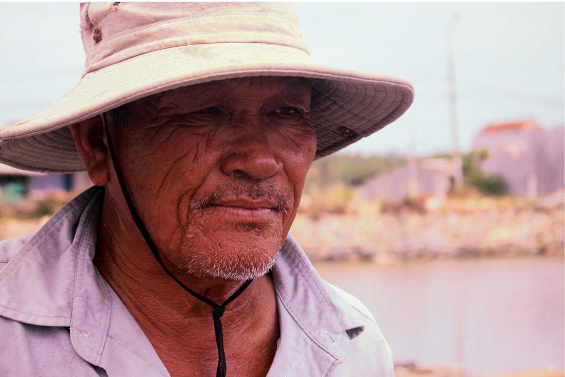 Lao đao nghề làm muối ở Sa Huỳnh, Quảng Ngãi ảnh 12