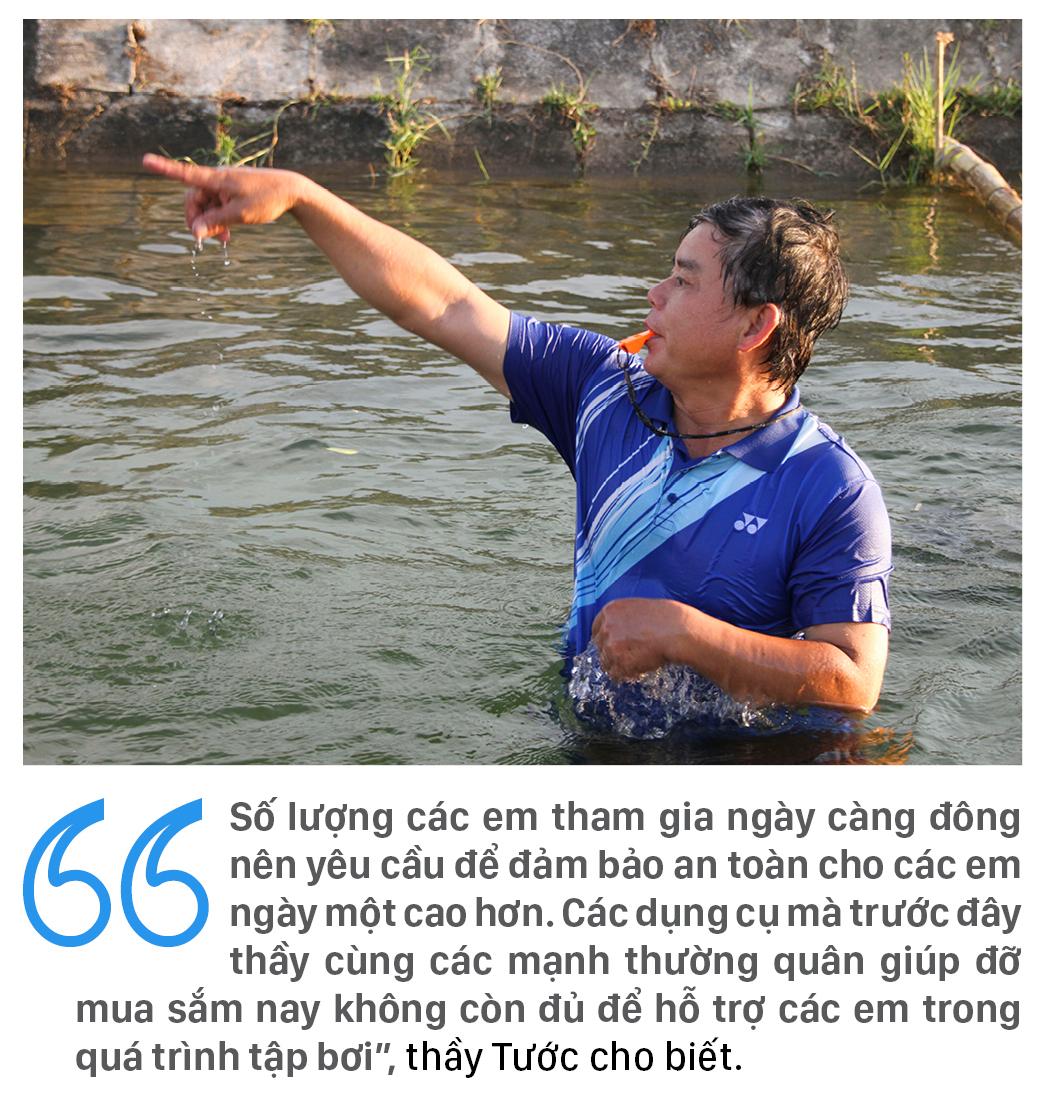 Thầy giáo 'nắn' dòng kênh thủy lợi mở lớp dạy bơi miễn phí ảnh 20
