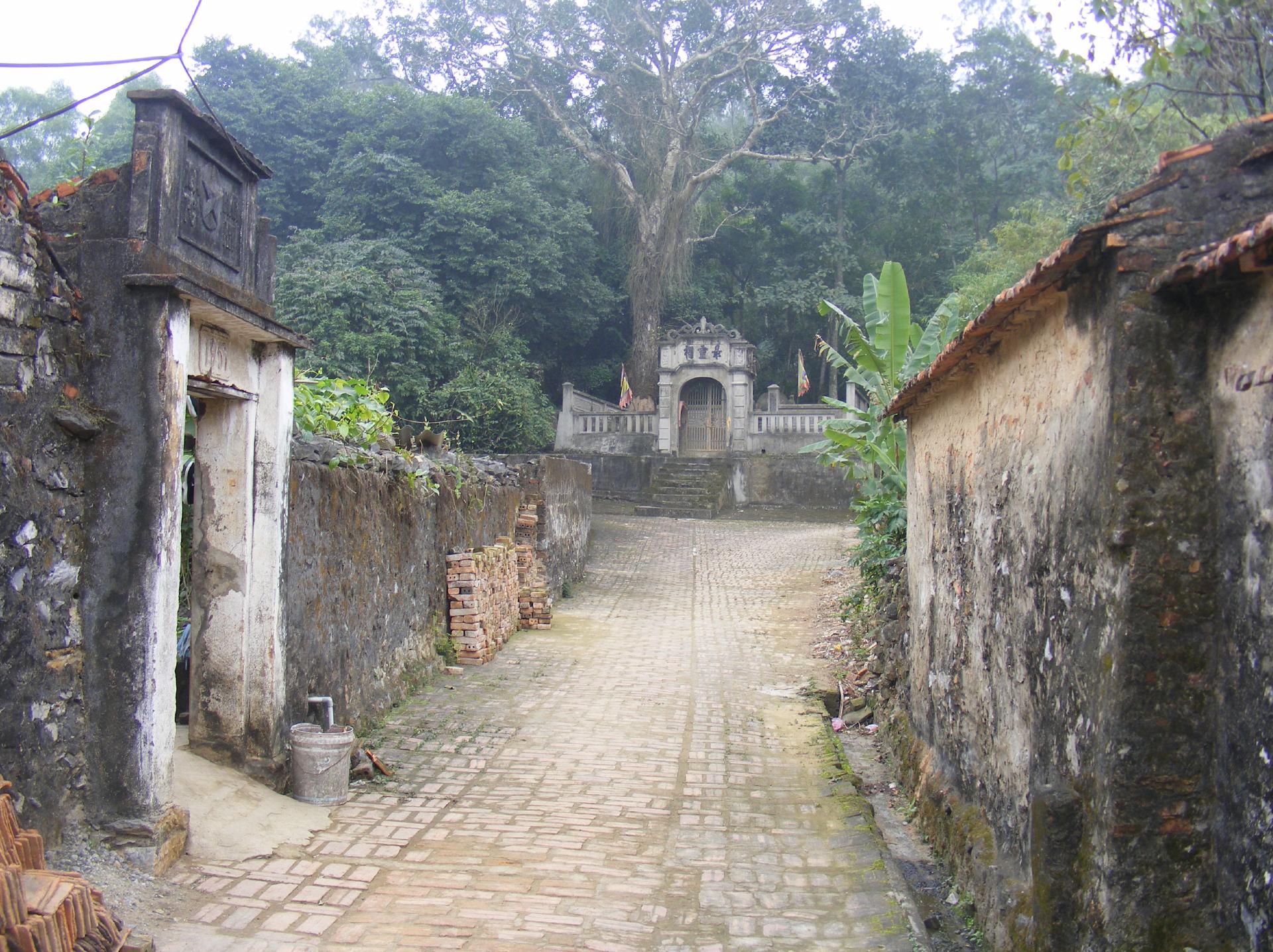 Nét độc đáo làng cổ Đông Sơn  ảnh 2