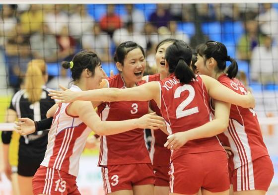 Vòng loại giải bóng chuyền nữ VĐTG 2018 khu vực châu Á: Ngọc Hoa tái ngộ Jong Jin Sim ảnh 2