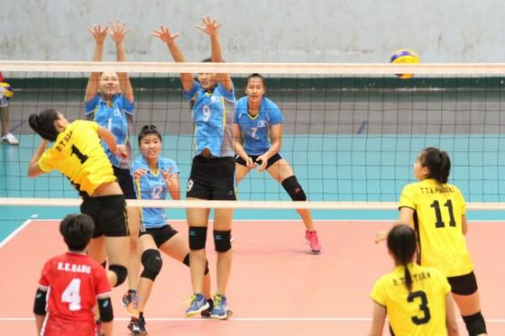 Vòng 2 giải bóng chuyền VĐQG 2017: Điều thú vị đến từ nữ Đắk Lắk ảnh 2