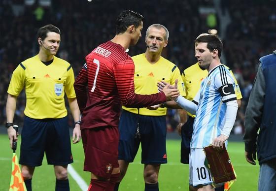 Ronaldo rất yêu mến đất nước Argentina của Messi. Ảnh: Zimbio