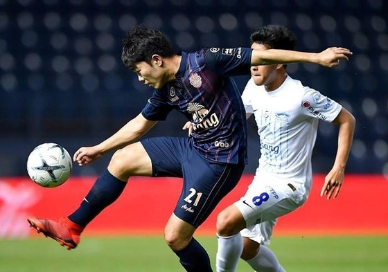 """Chào sân Thai-League: Lâm """"Tây"""" và Xuân Trường được khen ngợi ảnh 1"""
