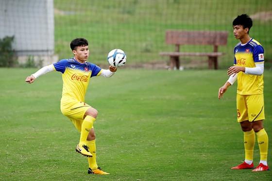 Quang Hải và Đình Trọng kịp đá chính ở giải U.23 châu Á ảnh 1