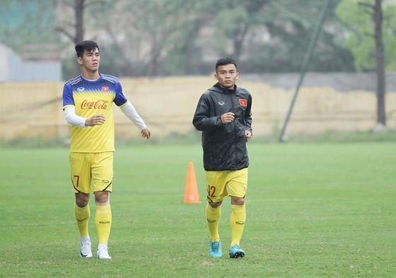 Quang Hải và Đình Trọng kịp đá chính ở giải U.23 châu Á ảnh 2