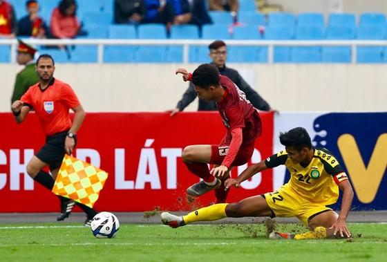 U23 Việt Nam - U23 Indonesia 1-0: 'Bàn thắng vàng' của Triệu Việt Hưng ảnh 1