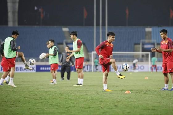 U23 Việt Nam - U23 Indonesia 1-0: 'Bàn thắng vàng' của Triệu Việt Hưng ảnh 3