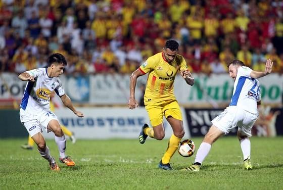 Vòng 8 V-League 2019: Chờ đợi những cuộc tái xuất ảnh 1