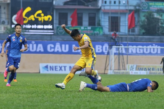 Vòng 9 V-League 2019: CLB TPHCM và quyền tự quyết ảnh 1