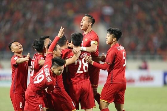 Bóng đá Việt Nam sẽ có tháng 6 nhiều bân rộn. Ảnh: MINH HOÀNG