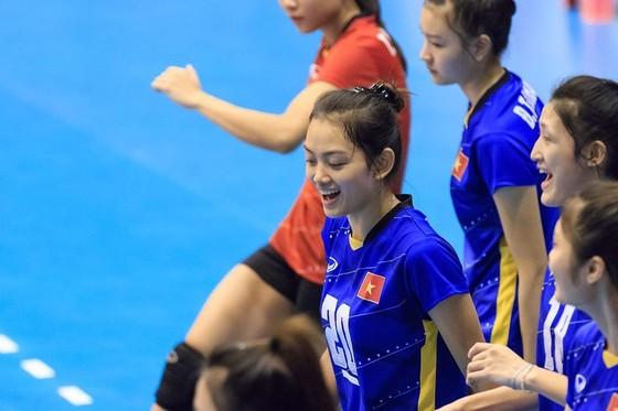 """Giải vô địch bóng chuyền U.23 nữ châu Á 2019: Chủ nhà """"dễ thở"""" ở vòng bảng ảnh 1"""