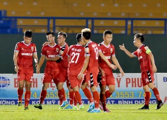 B.Bình Dương – Hải Phòng 2-0, Tiến Linh tỏa sáng giải hạn cho đội chủ nhà ảnh 2