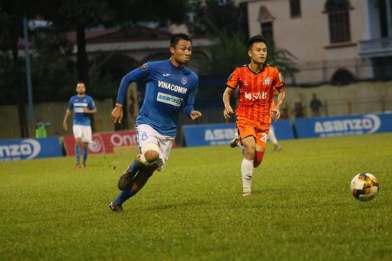 Than Quảng Ninh và Đà Nẵng bất phân thắng bại ở vòng 19. Ảnh: MINH HOÀNG
