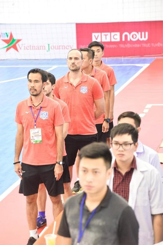 Ông Ngô Lê Bằng: Cầu thủ Thái Sơn Nam không ngại vấn đề thể lực  ảnh 1