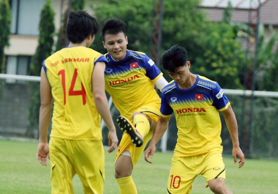 Nếu Đoàn Văn Hậu không thể ra sân ở trận đấu gặp Thái Lan…  ảnh 1
