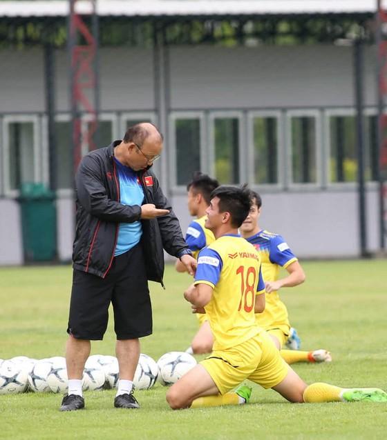 Tiến Linh sẽ cùng thầy Park sang Trung Quốc sau trận gặp Thái Lan ảnh 1