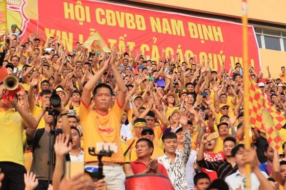 Công tác An ninh được tăng cường trong trận Nam Định – TPHCM ảnh 4