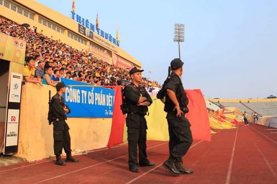 Công tác An ninh được tăng cường trong trận Nam Định – TPHCM ảnh 1