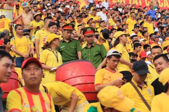 Công tác An ninh được tăng cường trong trận Nam Định – TPHCM ảnh 3
