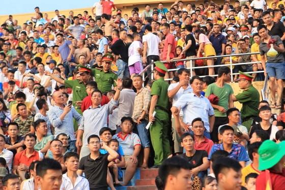Công tác An ninh được tăng cường trong trận Nam Định – TPHCM ảnh 5