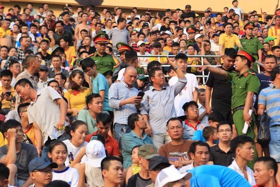 Công tác An ninh được tăng cường trong trận Nam Định – TPHCM ảnh 6